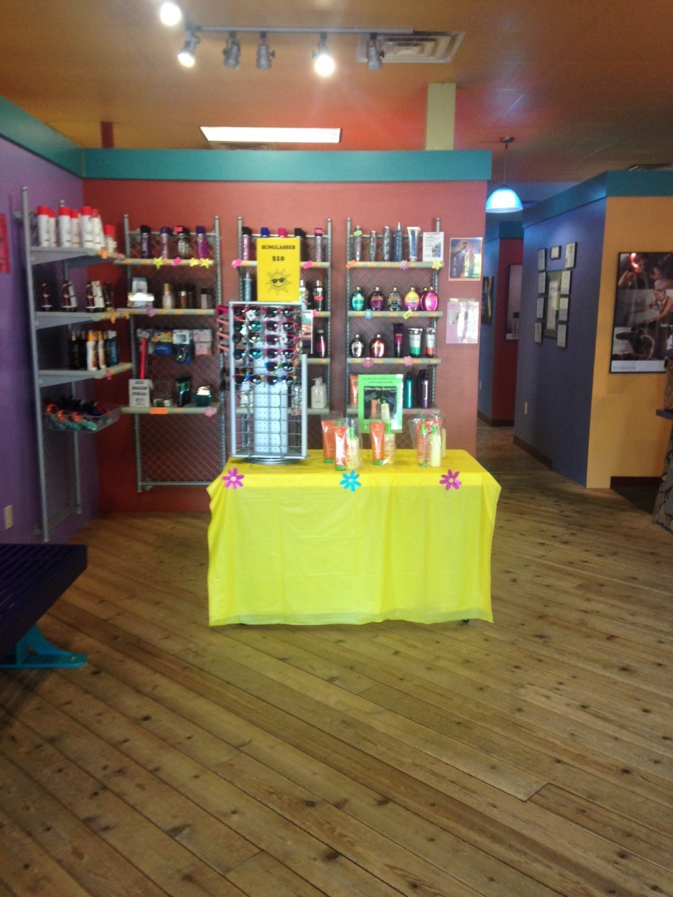 Lancaster baja beach tanning club for 717 salon lancaster pa